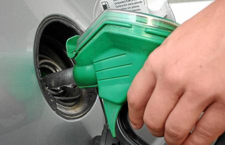 In der EU bekommen die Kraftstoffe ab Oktober einheitliche Bezeichnungen.