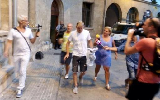 Jan Ullrich beim Verlassen des Gerichtsgebäudes in Palma.
