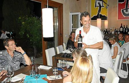 Gastgeber Frank Maruccia vernetzt in seiner Bodega die Gourmet-Szene Mallorcas.