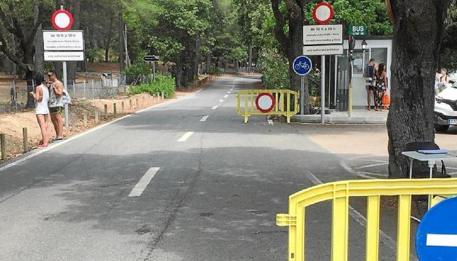 Die Polizei hat am Freitag die Zufahrtsbeschränkungen zum Cap Formentor kontrolliert.