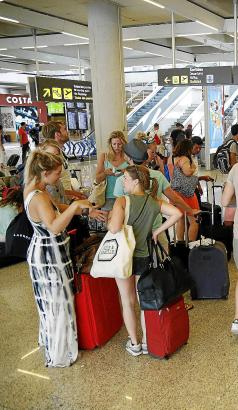 Für Palmas Flughafen Son Sant Joan werden im Winter 2018/2019 Rekordzahlen bei Passagieren erwartet.