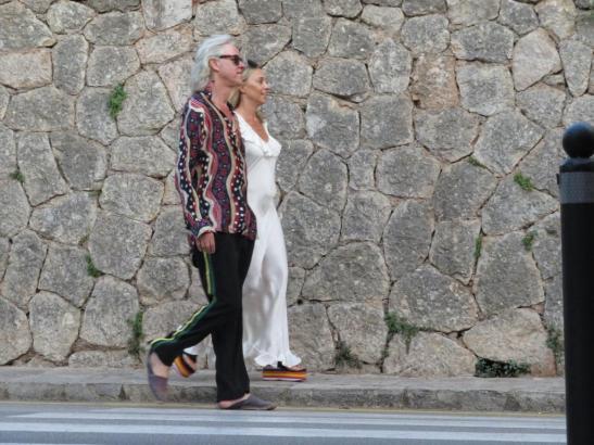 Bob Geldof flanierte nebst Ehefrau anlässlich einer Geburtstagsparty durch Mallorcas Künstlerdorf Deià.