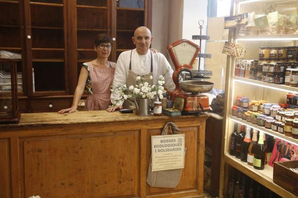 Tomeu Arbona in seinem neuen Bäckerladen auf Mallorca.