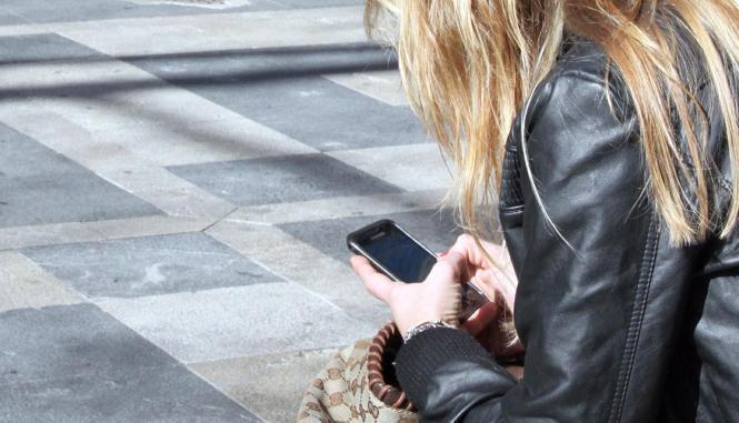 Das Smartphone nimmt im Alltag eine wichtige Rolle ein.