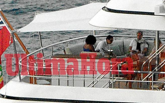 """Michelle Obama vor Mallorca an Bord der Luxusyacht """"Gladiator""""."""
