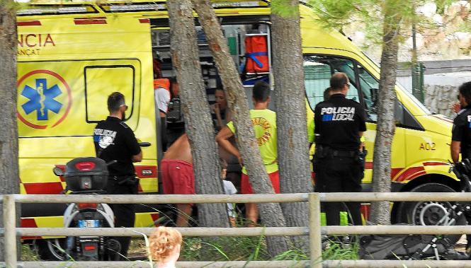 Rettungsschwimmer leisteten erste Hilfe, dann kam der Notarzt.