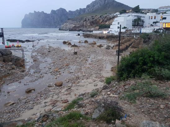 Die Cala Barques wurde durch die Unwetter ziemlich lädiert.