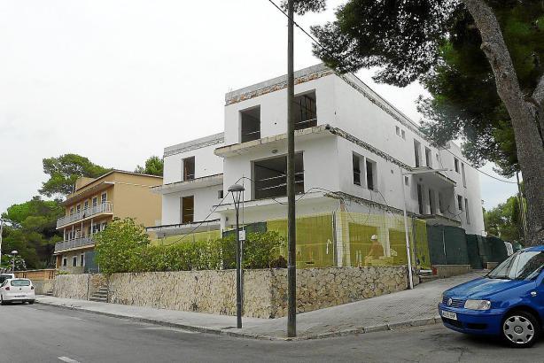 Das Gebäude für das künftige Frauen-Hotel wird derzeit saniert.