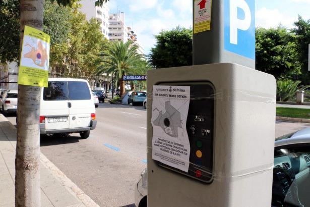 """Das Archivbild zeigt einen zur """"Europäischen Mobilitätswoche"""" versiegelten Parkscheinautomaten in Palma."""