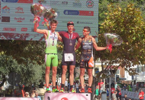 Im vergangenen Jahr gewann Justus Nieschlag (M.) aus Lehrte in Niedersachsen die Challenge Peguera.