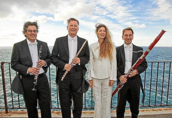 Als Quartett werden die Musiker der Deutschen Oper Berlin Werke von Verdi, Puccini und Rossini aufführen.