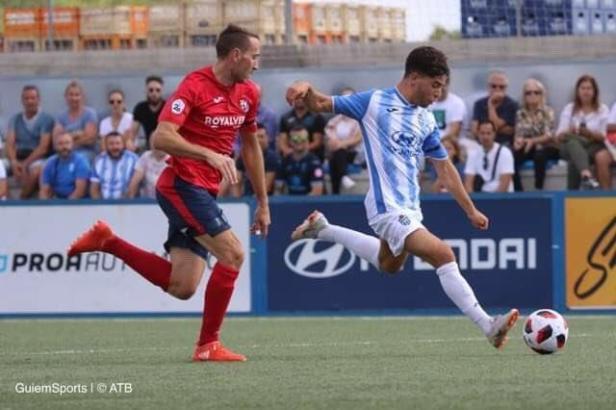 Schussversuch von Atlético-Spieler Samuel Shashoua.