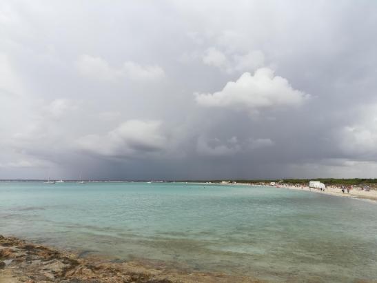 Auf Mallorca ist in den kommenden Tagen mit grauen Wolken und sogar Niederschlägen zu rechnen, so wie auf dem Archivbild von End