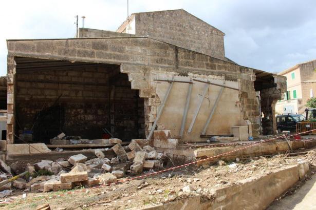 Beschädigtes Gebäude auf Mallorca.