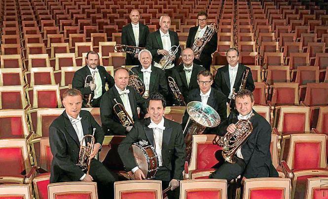 Seit 2003 existiert OperaBrass offiziell als Kammermusikensemble der Bayerischen Staatsoper.