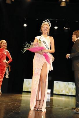 """Die 17-jährige Toña Pou wurde zur """"Miss Tourismus Spanien 2018"""" gekürt. Der Preis wurde damit zum ersten Mal seit 50 Jahren wied"""