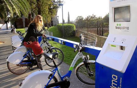 """Das städtische Rad-Verleihsystem """"Bicipalma"""" hat ein flächendeckendes Netz in Mallorcas Hauptstadt. Weil die ersten 30 Minuten k"""