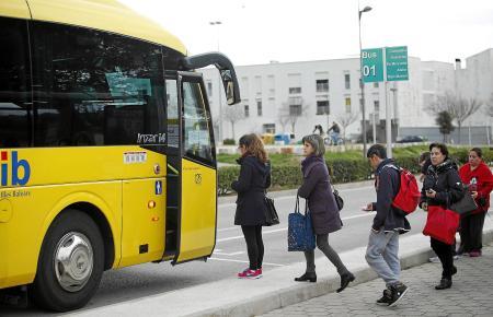 In der Regel zuverlässig und durchaus bequem: TIB-Bus im Einsatz.