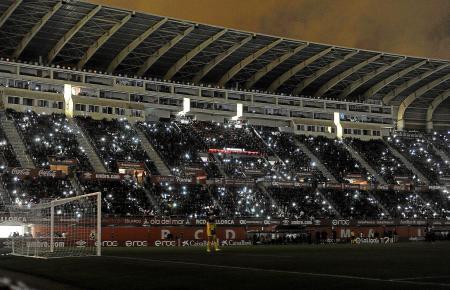 Auf einmal wurde es dunkel im Stadion Son Moix. Wie schon eineinhalb Wochen zuvor im Pokalspiel gegen Valladolid musste die Part