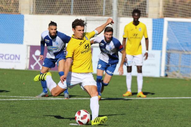 Per Elfmeter erzielte Francesc Fullana das zwischenzeitliche 2:1 für Atlético Baleares.