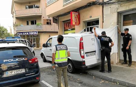 Das Baby wurde tot aus einem überhitzten Auto auf Mallorca geborgen.