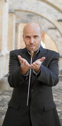 In der Basilika Sant Francesc wird Miquel Àngel Aguiló 35 Musiker und Sänger dirigieren, die zwei Werke von ihm aufführen. Inspi