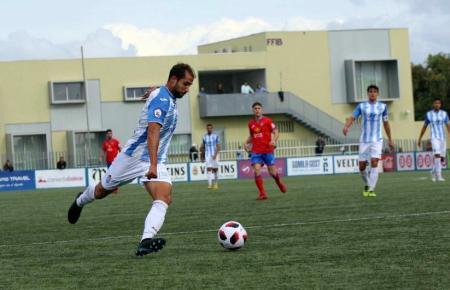 Die Blau-Weißen von Atlético Baleares hatten gegen Teruel das nötige Quäntchen Glück.