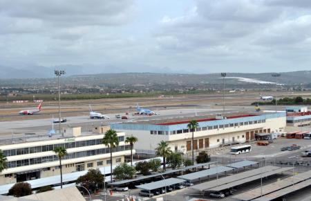 Im Oktober waren an Palmas Flughafen Son Sant Joan 37 Prozent mehr Flüge verspätet als im Vorjahr.
