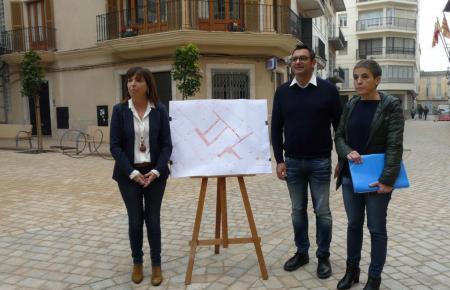 Bürgermeisterin Catalina Riera (links) präsentierte die neue Regelung.