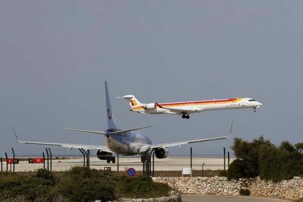 Bei der spanischen Fluggesellschaft Air Nostrum wird am Montag gestreikt.