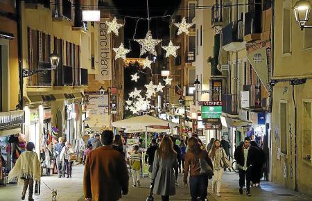 Am 8. Dezember haben trotz Feiertag in Palma viele Geschäfte geöffnet. Die Stadt erwartet zahlreiche Besucher.