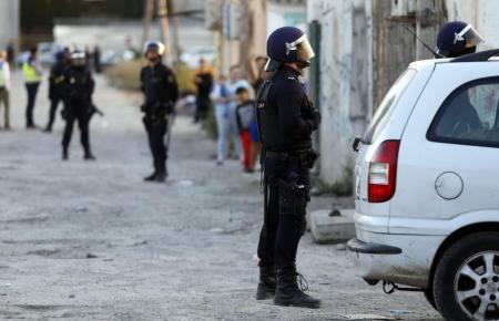 Drogenrazzia im Elendsviertel Son Banya auf Mallorca.
