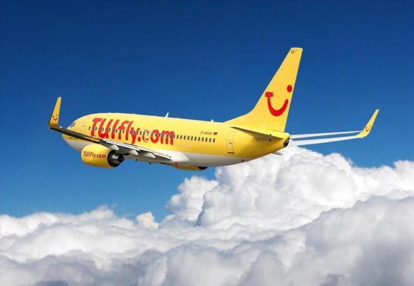 Fliegt sauber durch die Lüfte: Tuifly-Jet.
