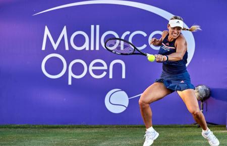 """Schon in diesem Jahr hat Angelique Kerber bei den """"Mallorca Open"""" aufgeschlagen."""
