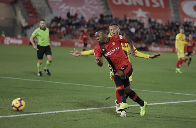 Pervis Estupiñán traf zum 1:0 für die Roten und machte insgesamt ein starkes Spiel.