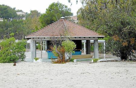 Gegenstand des seit Jahren schwelenden Streits: Die auch bei Deutschen beliebte Strandbar in der Cala Mondragó im Südwesten Mall