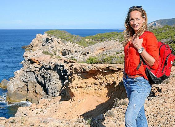 """Tamina Kallert kommt durch ihre Moderatorentätigkeit für """"Wunderschön!"""" viel rum und kennt die Balearen. Auch auf Ibiza war sie"""