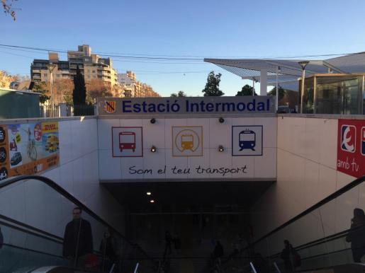 Der Vorfall mit dem Rucksack trug sich an Palmas Bahnhof Estación Intermodal zu.