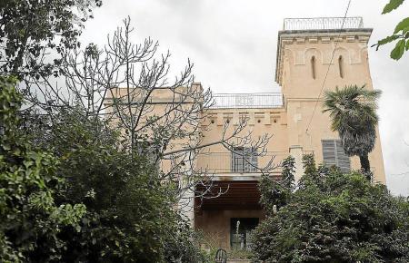 Blick auf das Herrenhaus.