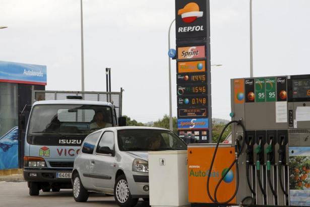 Die Fahrt zur Tankstelle auf Mallorca ist kein preiswertes Vergnügen.
