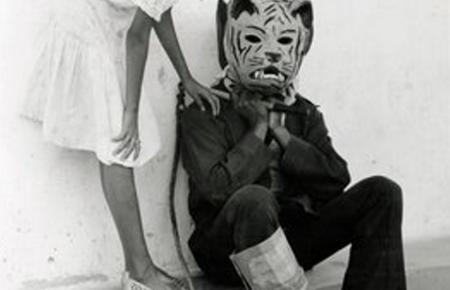 Die Ausstellung konzentriert sich auf Schwarz-Weiß-Dokumentarfotografie.