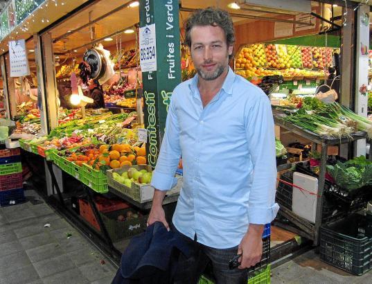 In seiner knapp bemessenen Freizeit lernt Julian Looman Palma kennen. Hier besucht er die Markthalle von Santa Catalina.