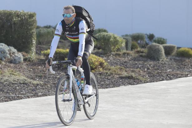 Weltmeister Alejandro Valverde ist auf Mallorca eingetroffen.