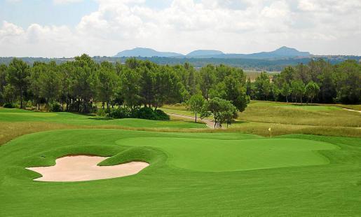 Das Hotel soll unweit des Golfplatzes von Puntiró im Nordosten von Palma entstehen.