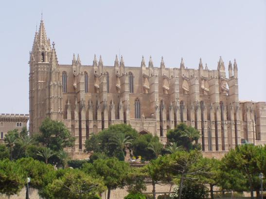 """Die neue Marke """"This is Palma"""" will die Stadt weg von Touristen-Hotspots wie der Kathedrale hin zu seiner Geschichte führen."""