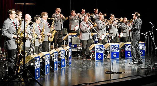 """Das Glenn Miller Orchestra aus Großbritannien wird auf Mallorca Hits wie """"In The Mood"""", """"Moonlight Serenade"""" und """"Chattanooga Ch"""
