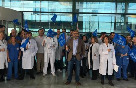 Die Mediziner kamen zu einer Protestaktion zusammen.