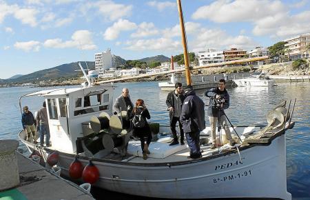 Vicenç Vidal und Joan Mercant überprüften den Fischbestand im Schutzgebiet.
