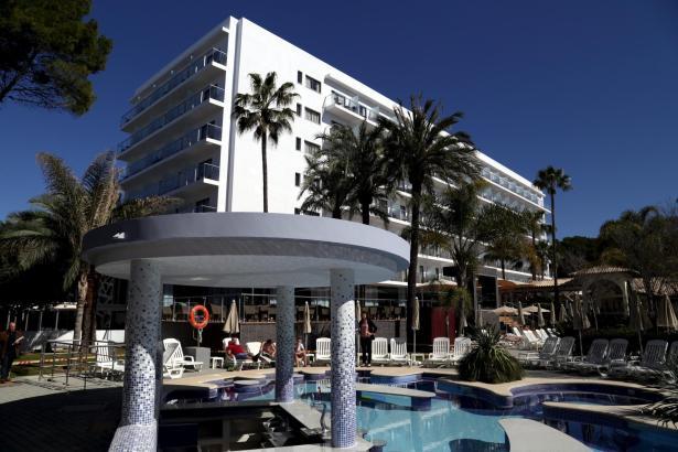 Das Hotel Riu Bravo ist eines der Traditionshäuser der Hotelkette Riu an der Playa de Palma.