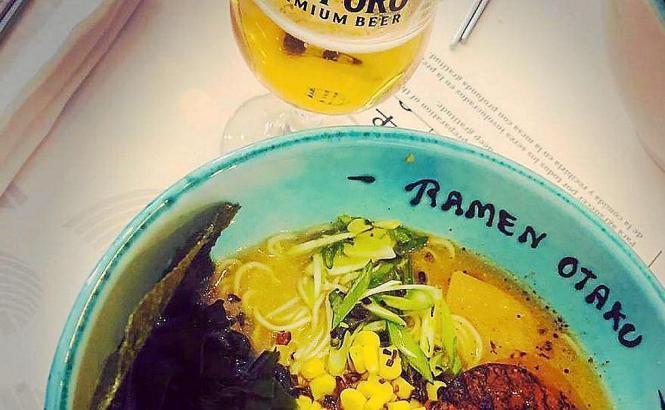 """Ramen und japanisches Bier bietet das neue Restaurant """"Ramen Otaku"""" an."""